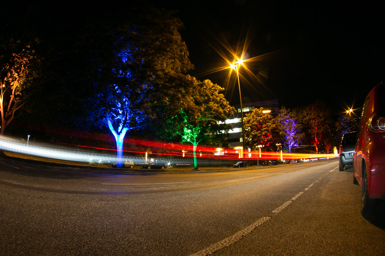 Lichtinstallationen im City Nord Park
