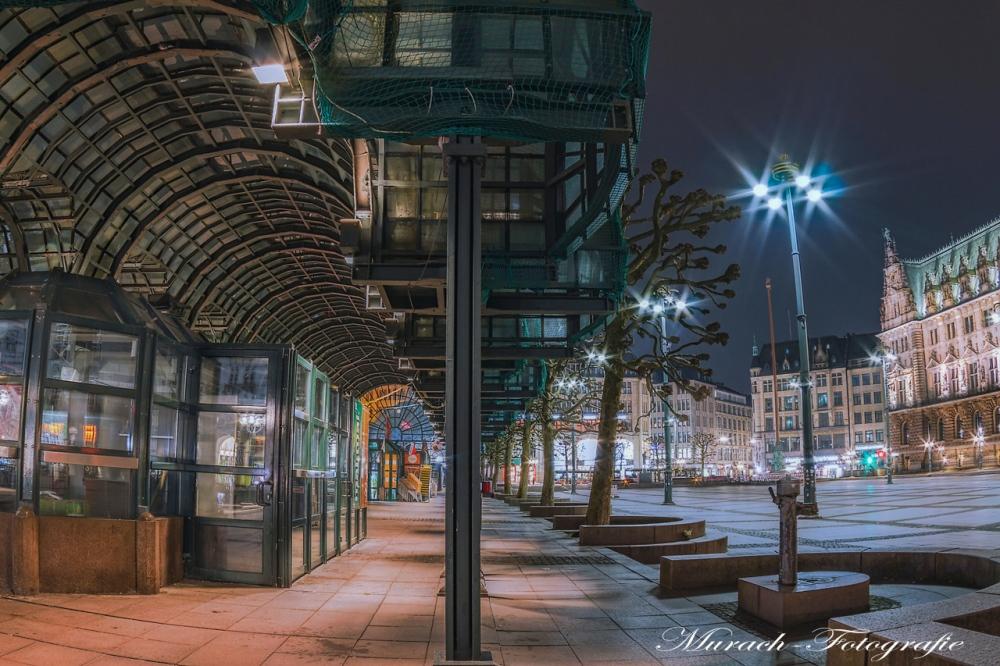 laeden-auf-dem-rathausplatz-murach-fotografie