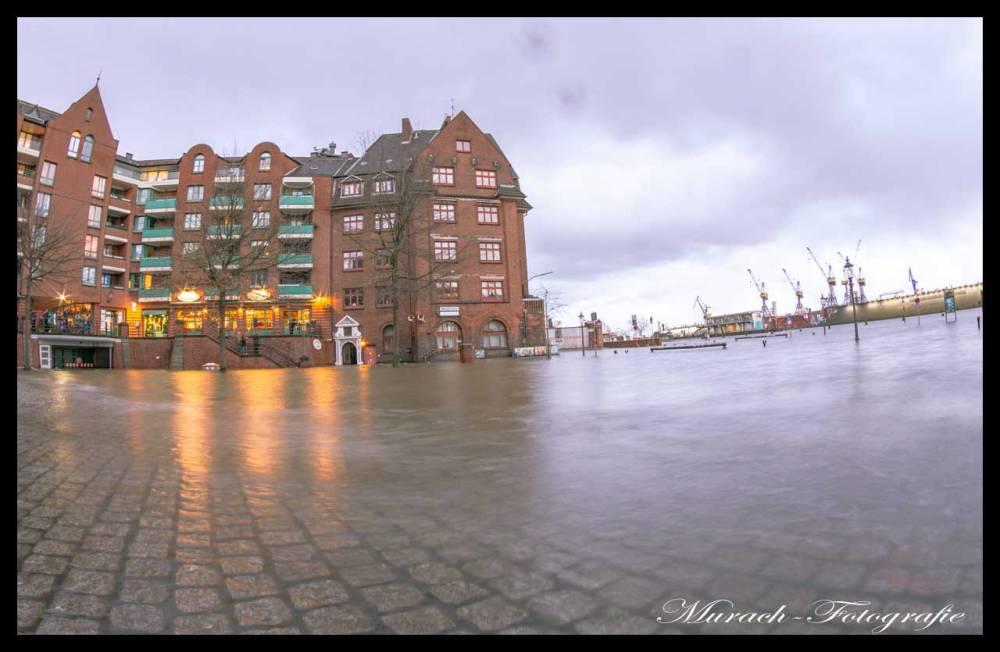 ueberfluteter-marktplatz-murach-fotografie